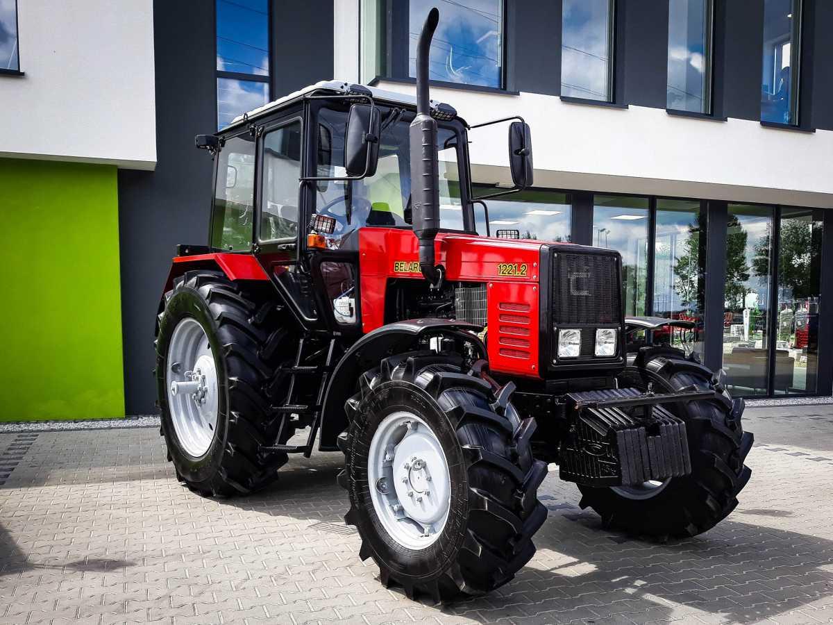 Новый производственный цех по сборке тракторов «Беларус-1221.3»