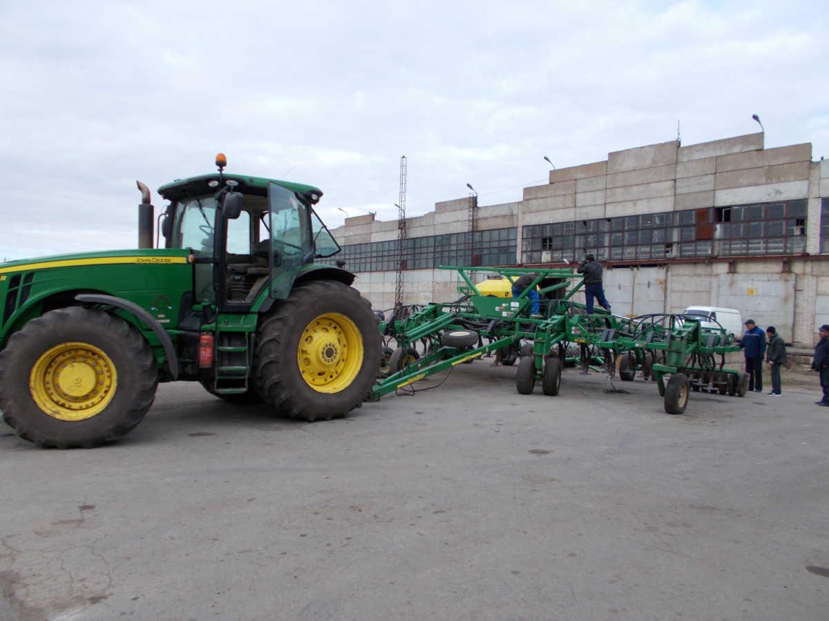 Оказываем услуги сельхозтоваро-производителям по весенне-полевым работам. Заявки принимаются по телефону +7(347)293-63-47