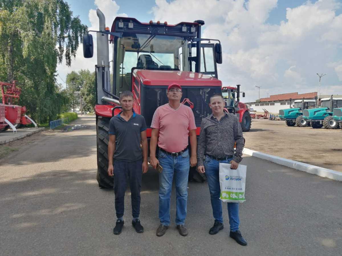ГУСП «Башсельхозтехника» реализовало очередной трактор Кировец К-525