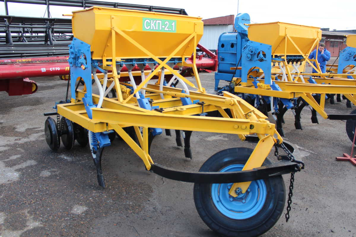ГУСП «Башсельхозтехника» РБ реализовало сеялку СКП – 2.1 после капитально-восстановительного ремонта и модернизации