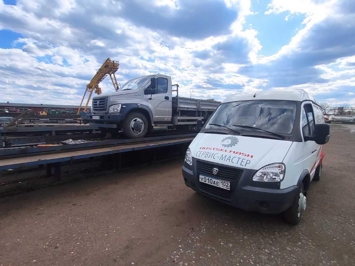 Специалисты сервисного центра ГУСП » Башсельхозтехника » РБ проводят регламентное техническое обслуживание и ремонт сервисных автомобилей