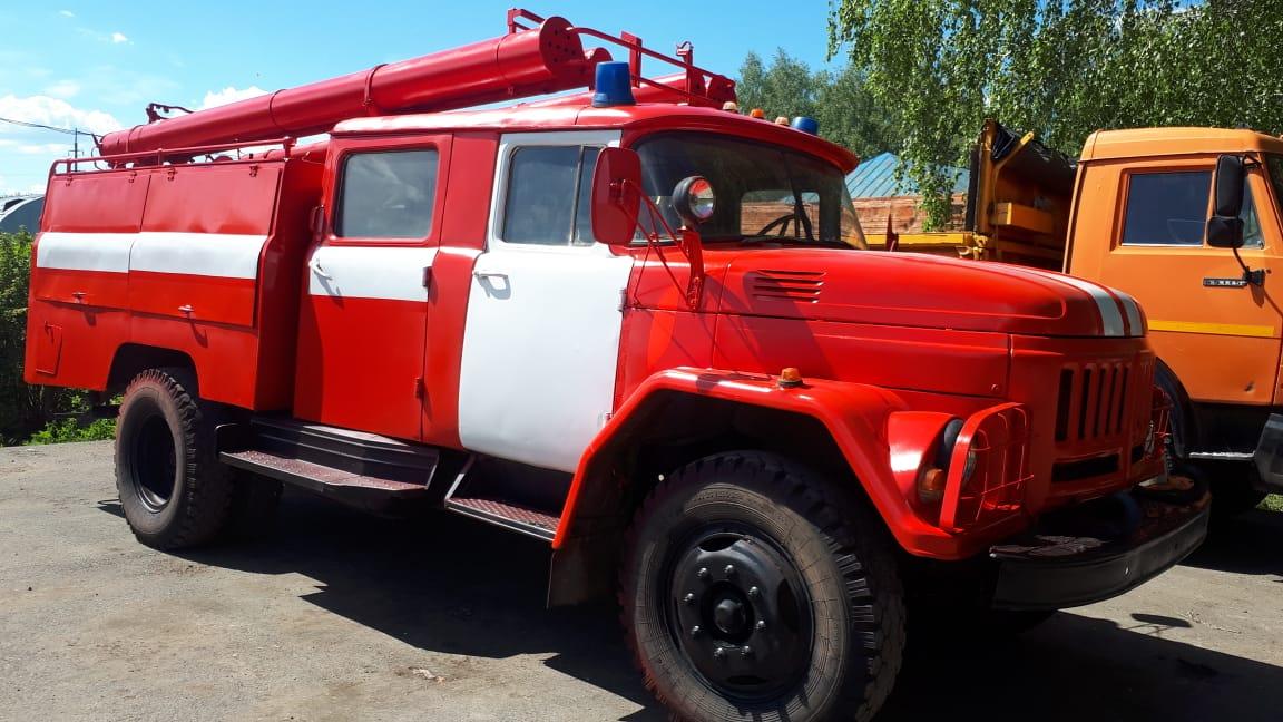 В Чишминском филиале ГУСП «Башсельхозтехника» РБ завершился капитально — восстановительный ремонт пожарной машины на базе «ЗИЛ-131» 🚒🚨 В ходе капитально-восстановительных работ производились работы по установке нового двигателей Д-245.12С-231М, покрасочные работы, установка запчастей и другие ⚙
