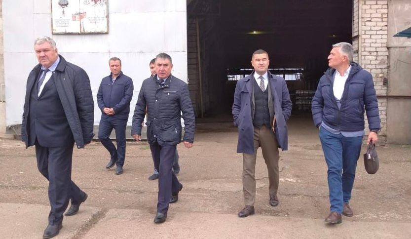 Сегодня Глава компании «Barbaros Motor» Озер Барбарос посетил многопрофильное предприятие ГУСП «Башсельхозтехника» РБ